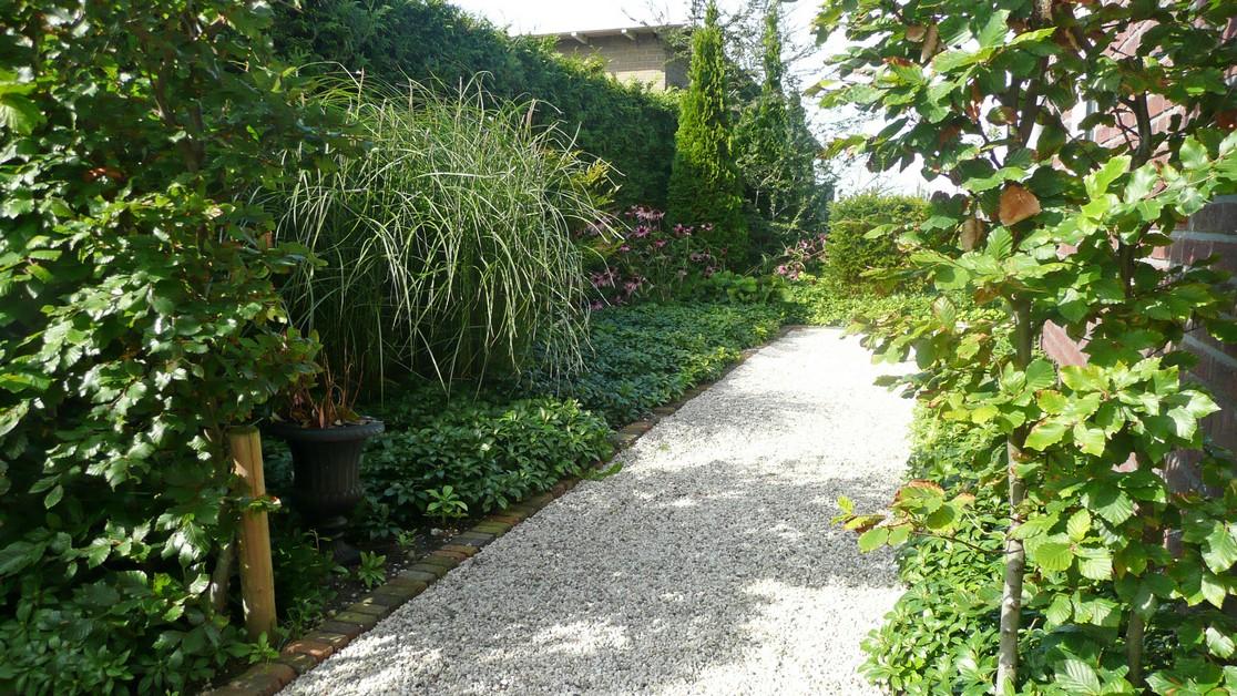 Tuin met gemetselde trap